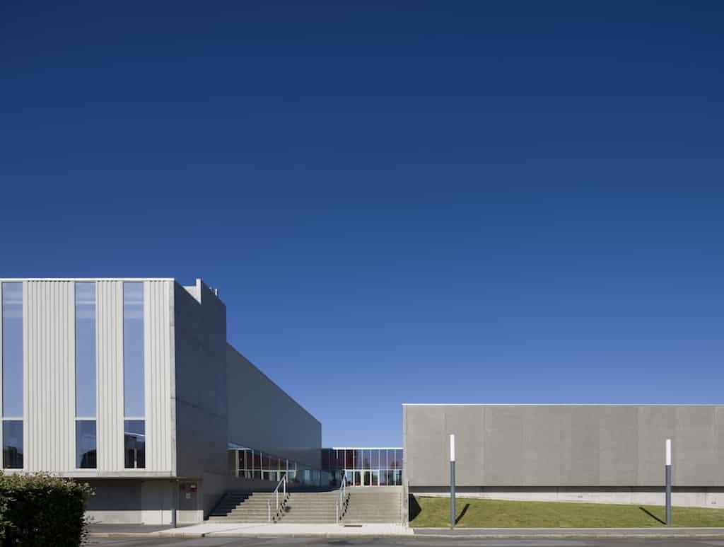 Alencon 03 - Salle de gymnastique et salle de tennis de table – Alençon
